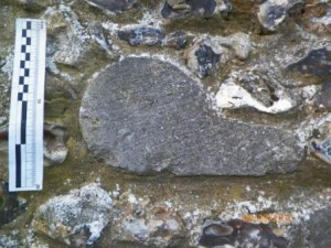 """Embedded nook shaft stone with """"tongue"""" tapered rather than usual parrallel profile"""